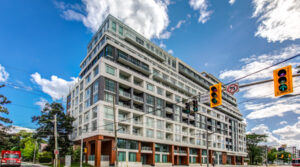 223 St. Clair Ave W #809