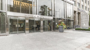 111 St Clair Ave W #1121