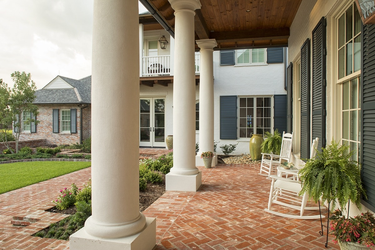 Home interior design by Sugar Beach Interiors, Franz Residence, Karen Waterfield