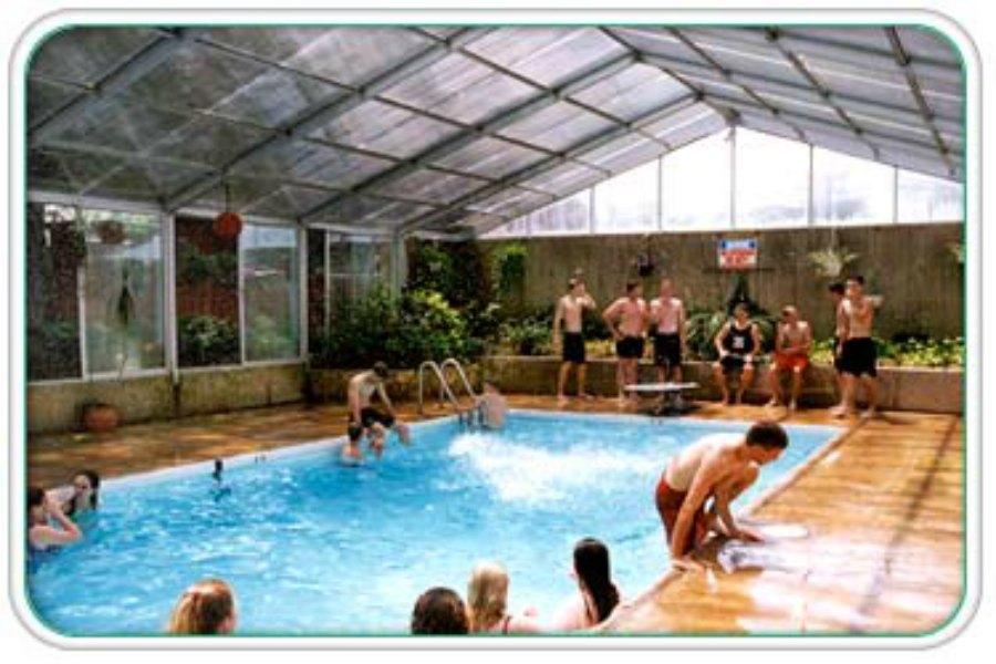 Indoor_Pool_900.jpg