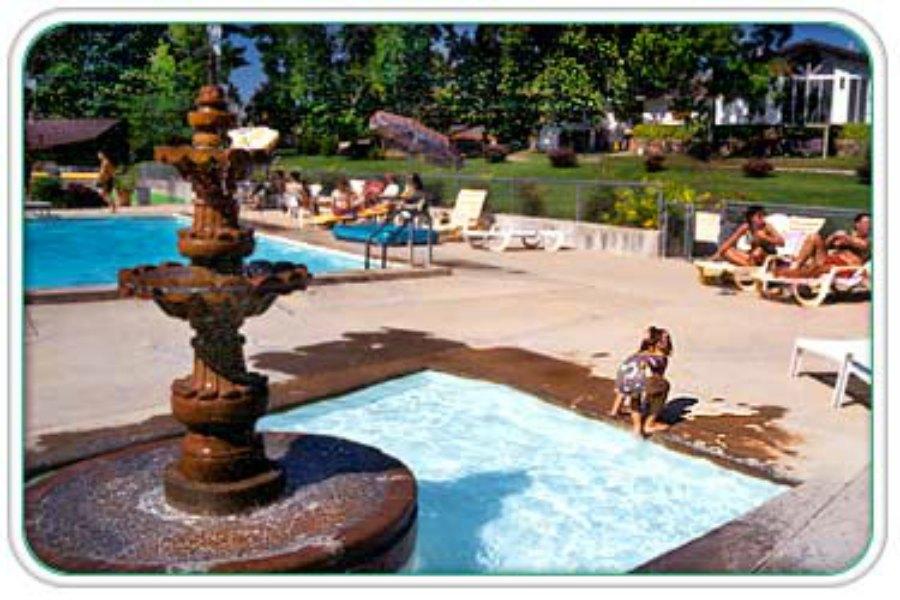 Outdoor_Pool_Baby_900.jpg