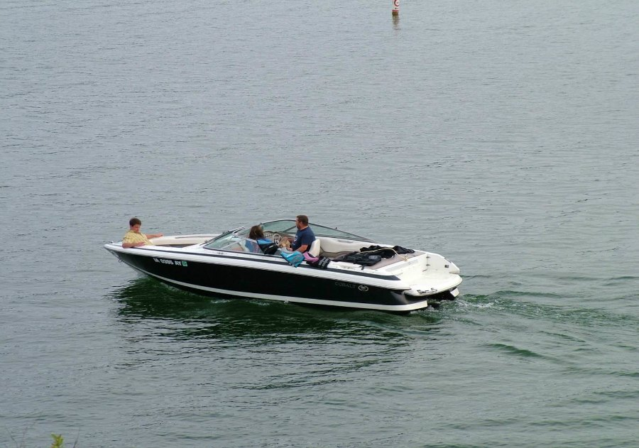 Boating_1_900.jpg