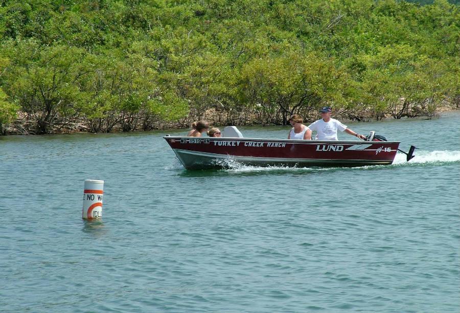Boating_3_900.jpg