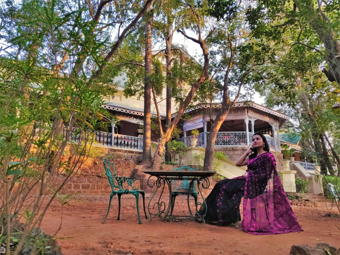 A quiet evening at the front verandah at Barr House.
