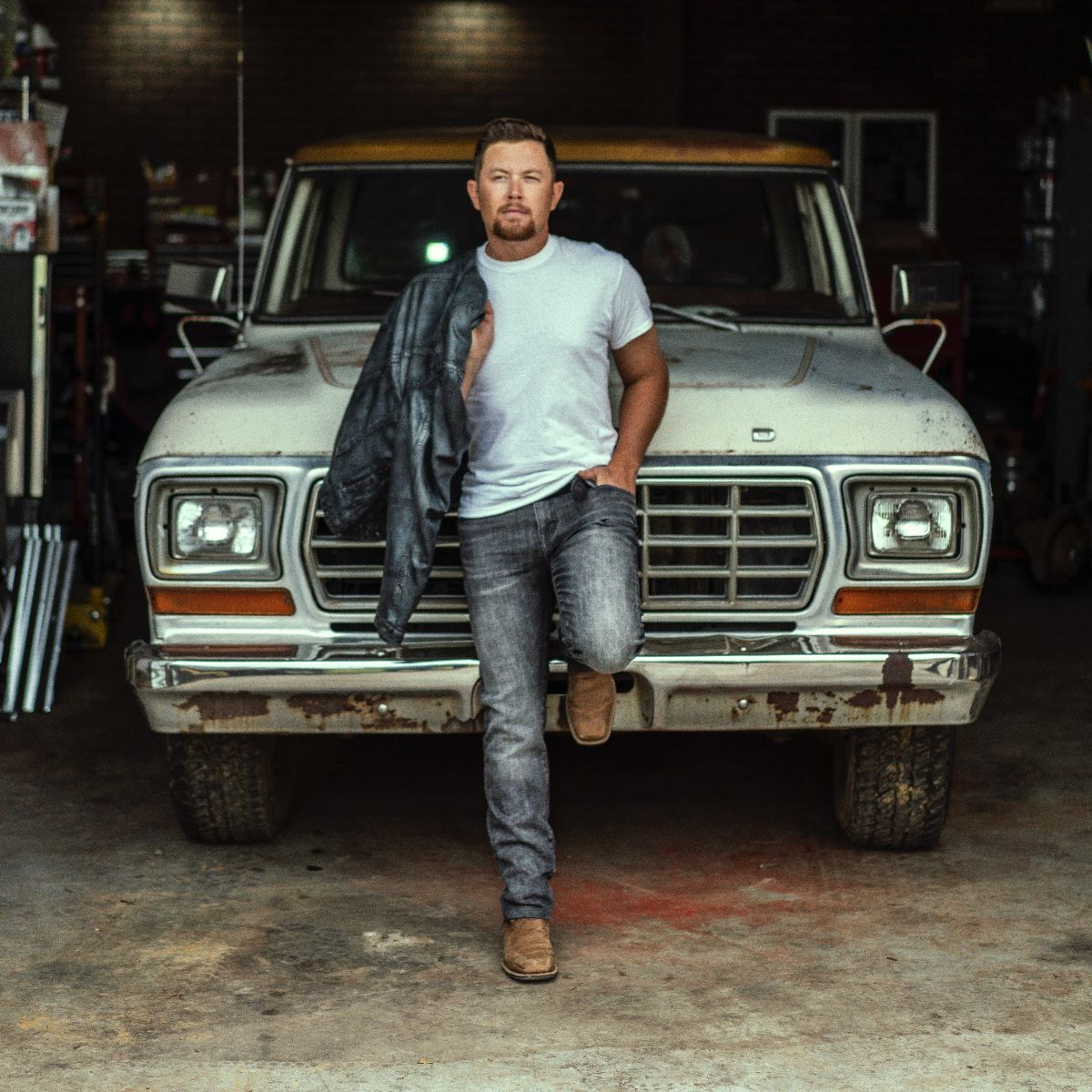 """Scotty McCreery Releases """"Damn Strait"""" From Forthcoming Album """"Same Truck,"""" Set for Release this Friday, Sept. 17"""