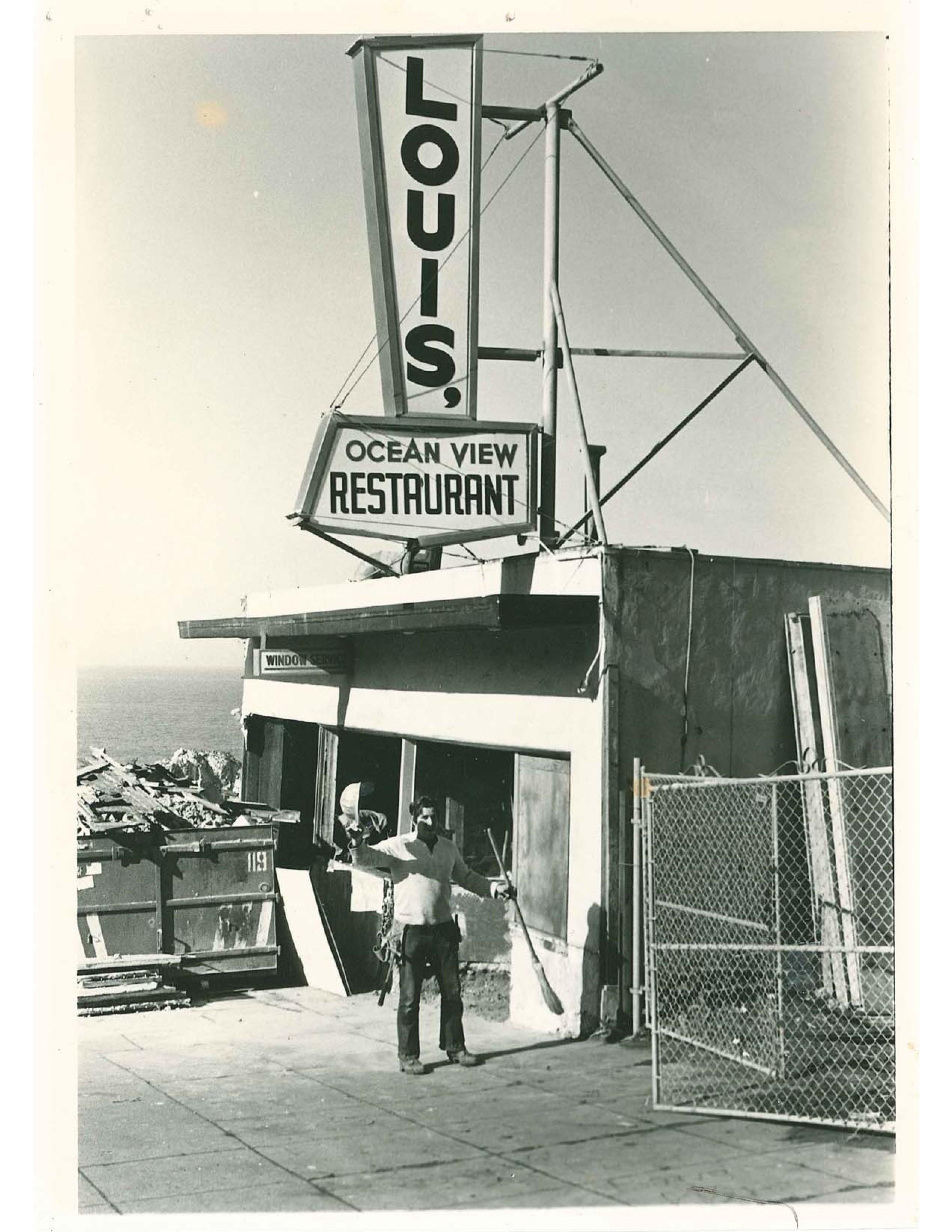 Louis Cliff Side Restaurant San Francisco