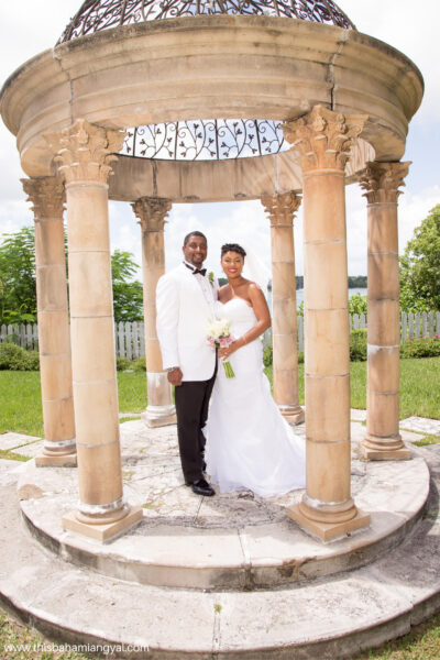 Mr. and Mrs. Smith are shown celebrating their eighth wedding anniversary at their vow renewal ceremony in The Bahamas