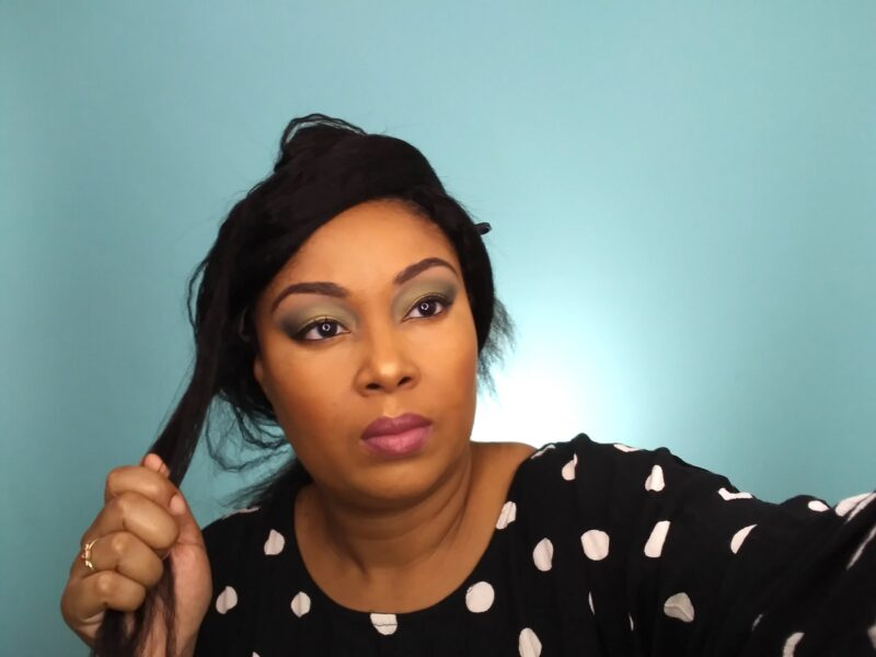 This Bahamian Gyal blogger, Rogan Smith flat irons her hair. These Amazon wigs are perfect for black women.