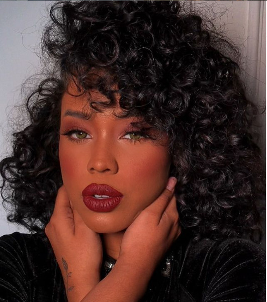 Gabb Cavassa, an Instagram model wears Red Lipstick