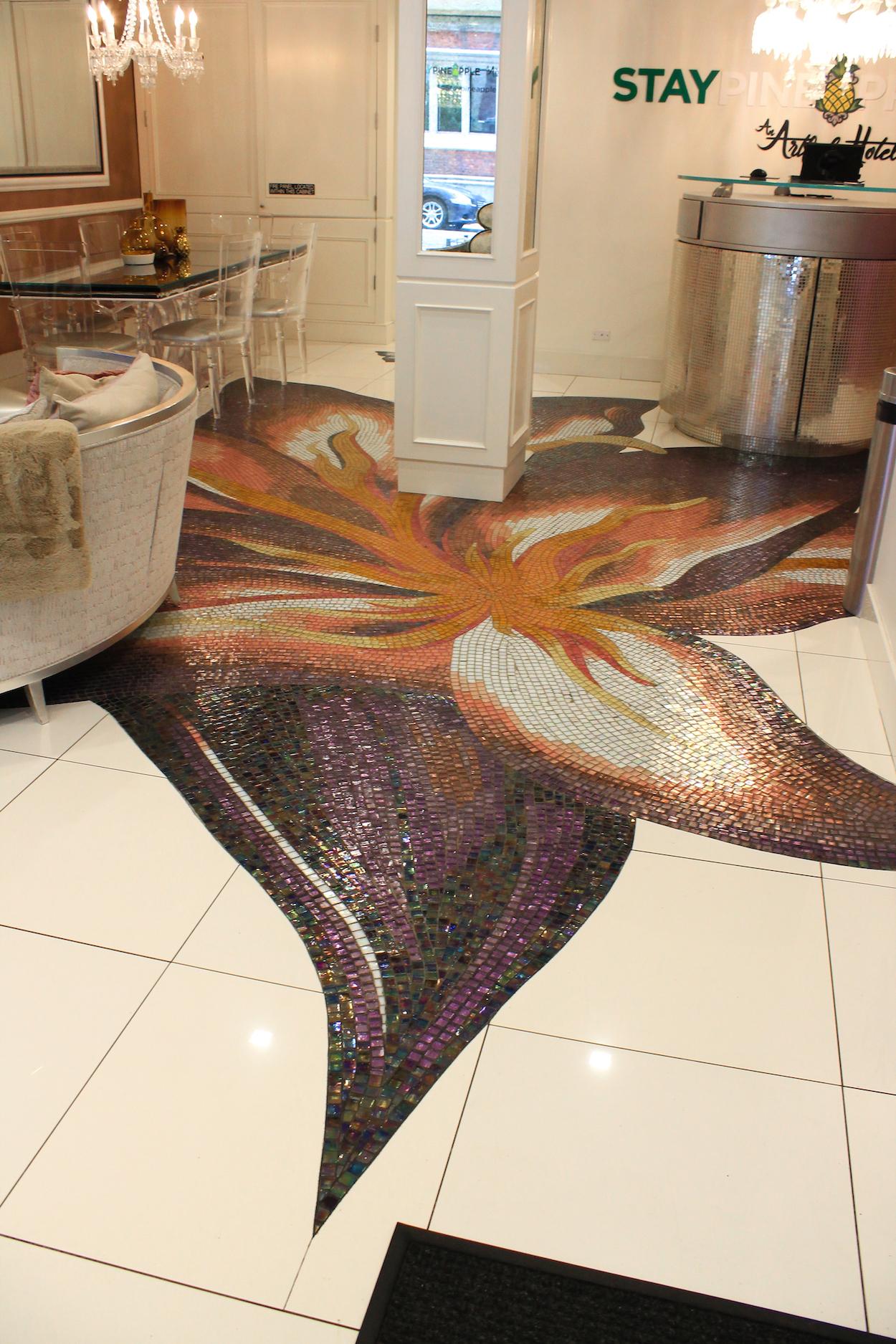 The floor at StayPineapple Hotel New York