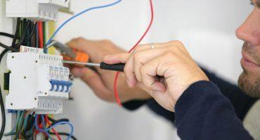 Expert Handyman Denver Colorado Installing Lights