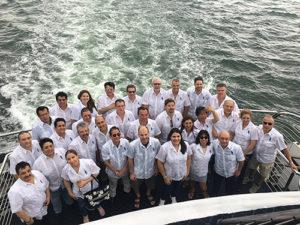 FY Corporate cruise guayabera