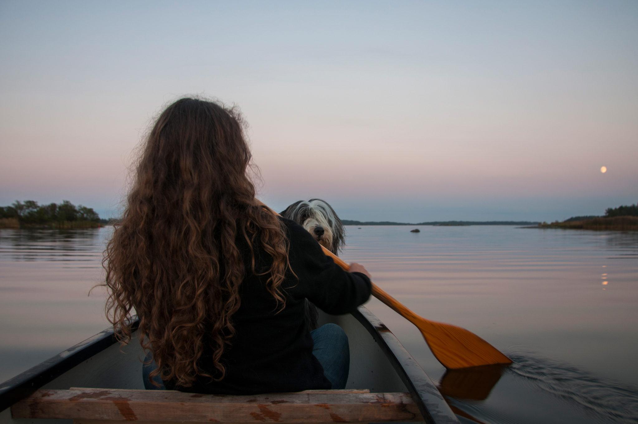 Julia And Selma In Canoe