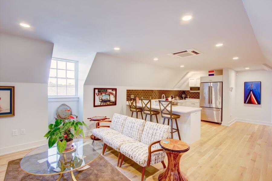 Living Area & Breakfast Bar