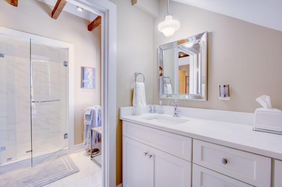 Sail Loft Bathroom