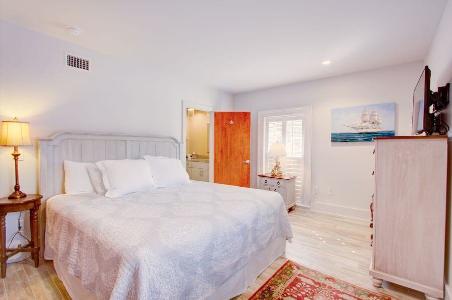The Jasper Suite Main Bedroom