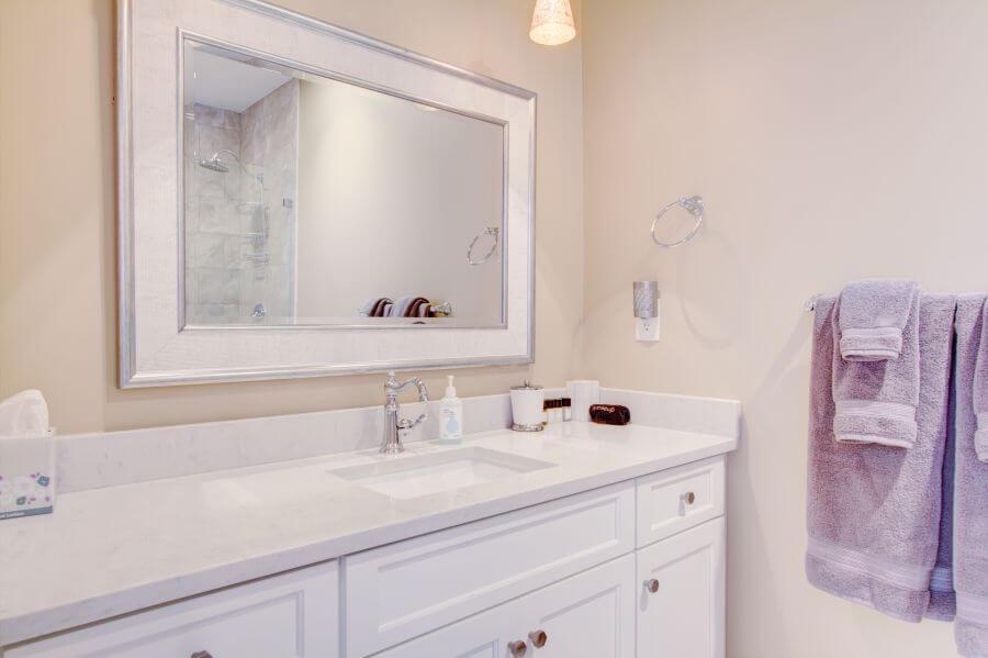 Steeple Suite Second Main Bathroom