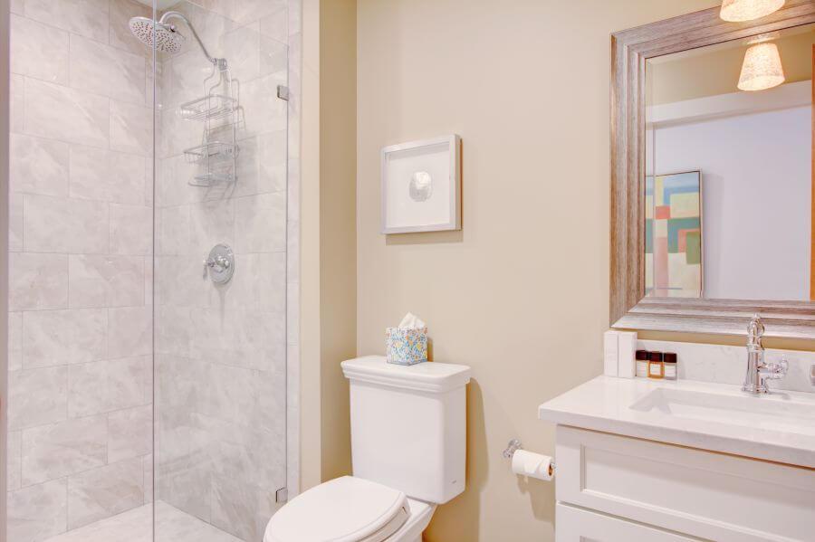 Steeple Suite Bathroom