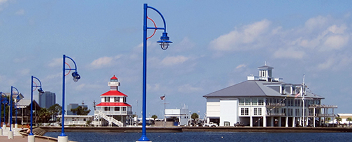 lakefront-lighthouse-bluelights-bighouse