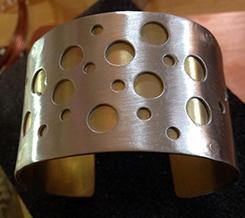 bracelet dots-1-JudyDiGeorge