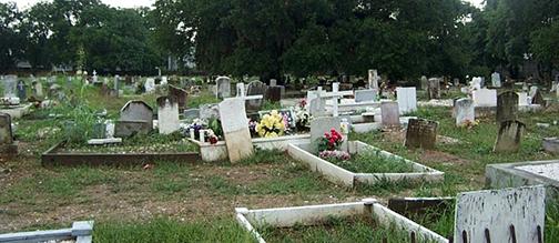 holt-cemetery