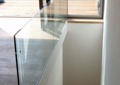 Attic Conversion, Framless glass