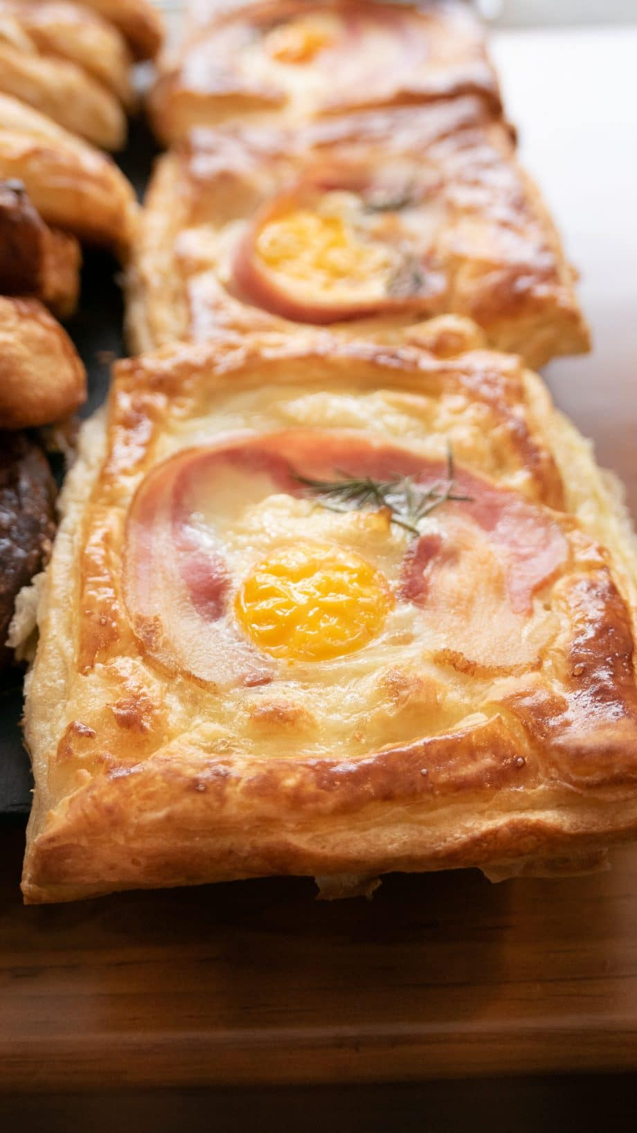 puff-huevo-tocino-panitier-01