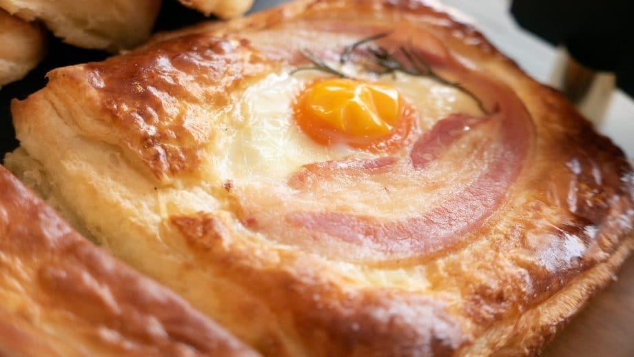puff-huevo-tocino-panitier-02