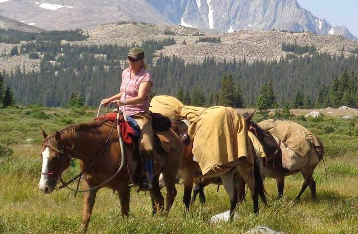 trail-rides-buffalo-wyoming