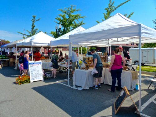 DC Day Trip to Manassas- Farmers Market- Stands