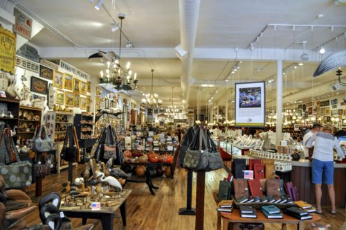 gettysburg-getaway-lincoln-square-shopping-gallery-30