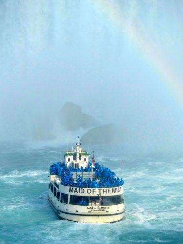 niagara-falls-maid-of-the-mist-rainbow
