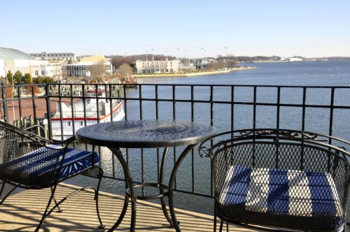 annapolis-waterfront-hotel-balcony-view-2
