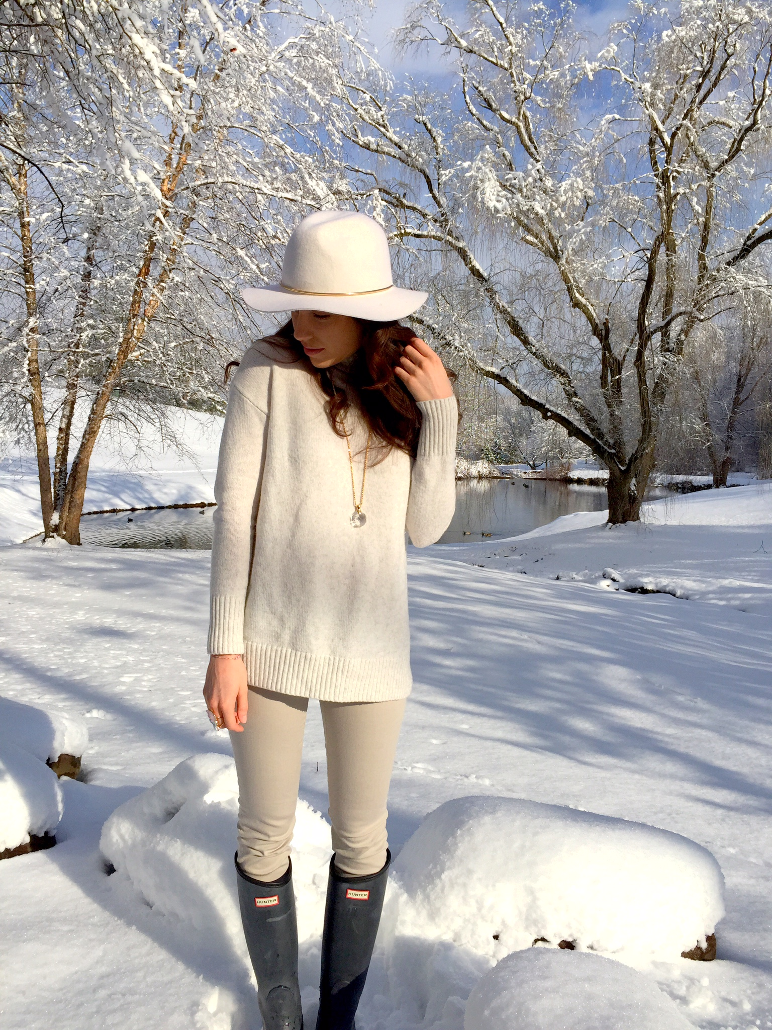 winter white   floppy hat and hunter boots   outfit idea