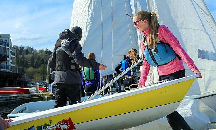 Gig Harbor Junior sailing Race team
