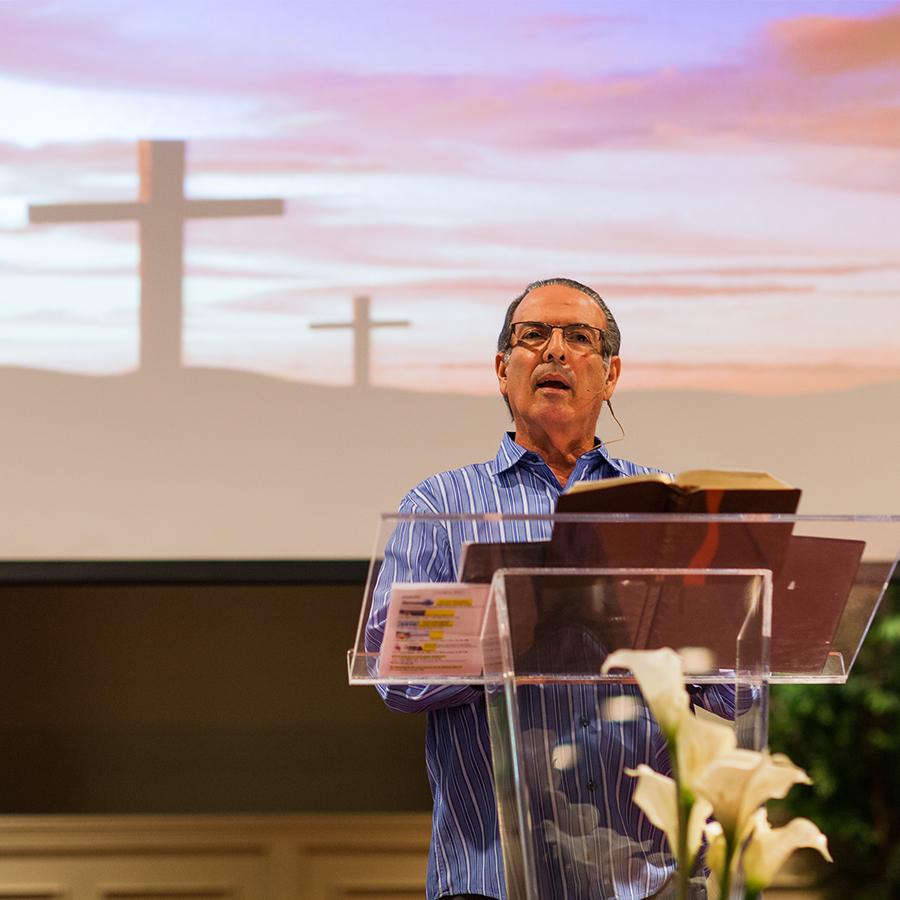 iglesia hispana wayside pastor bobby