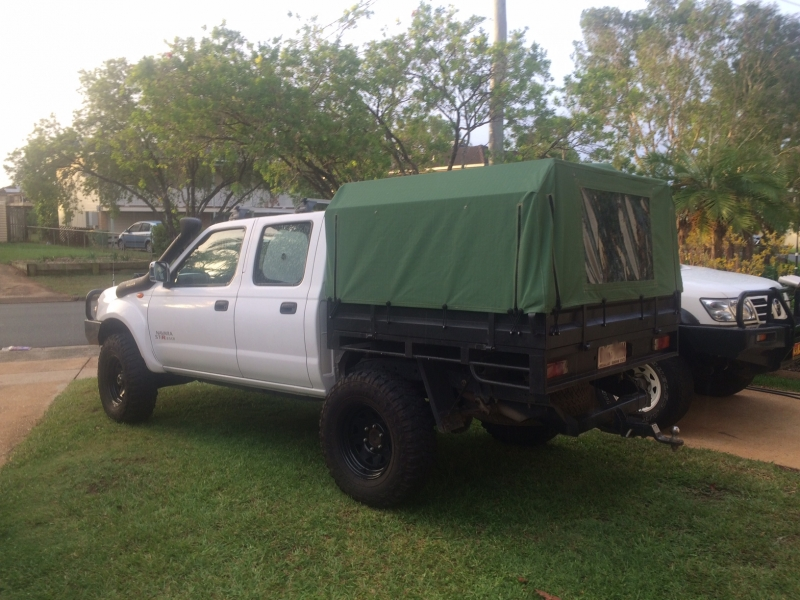 left side whole vehicle