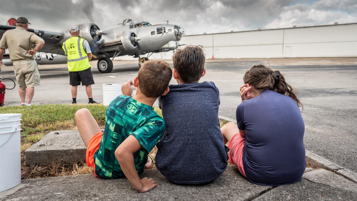 B-17G_OpenRoadsMedia-441
