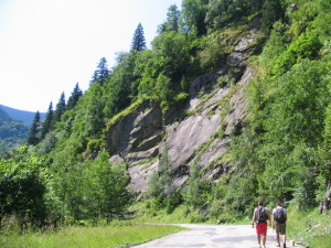 gone-hiking-1403317