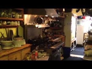Veni Vidi Coxi kitchen