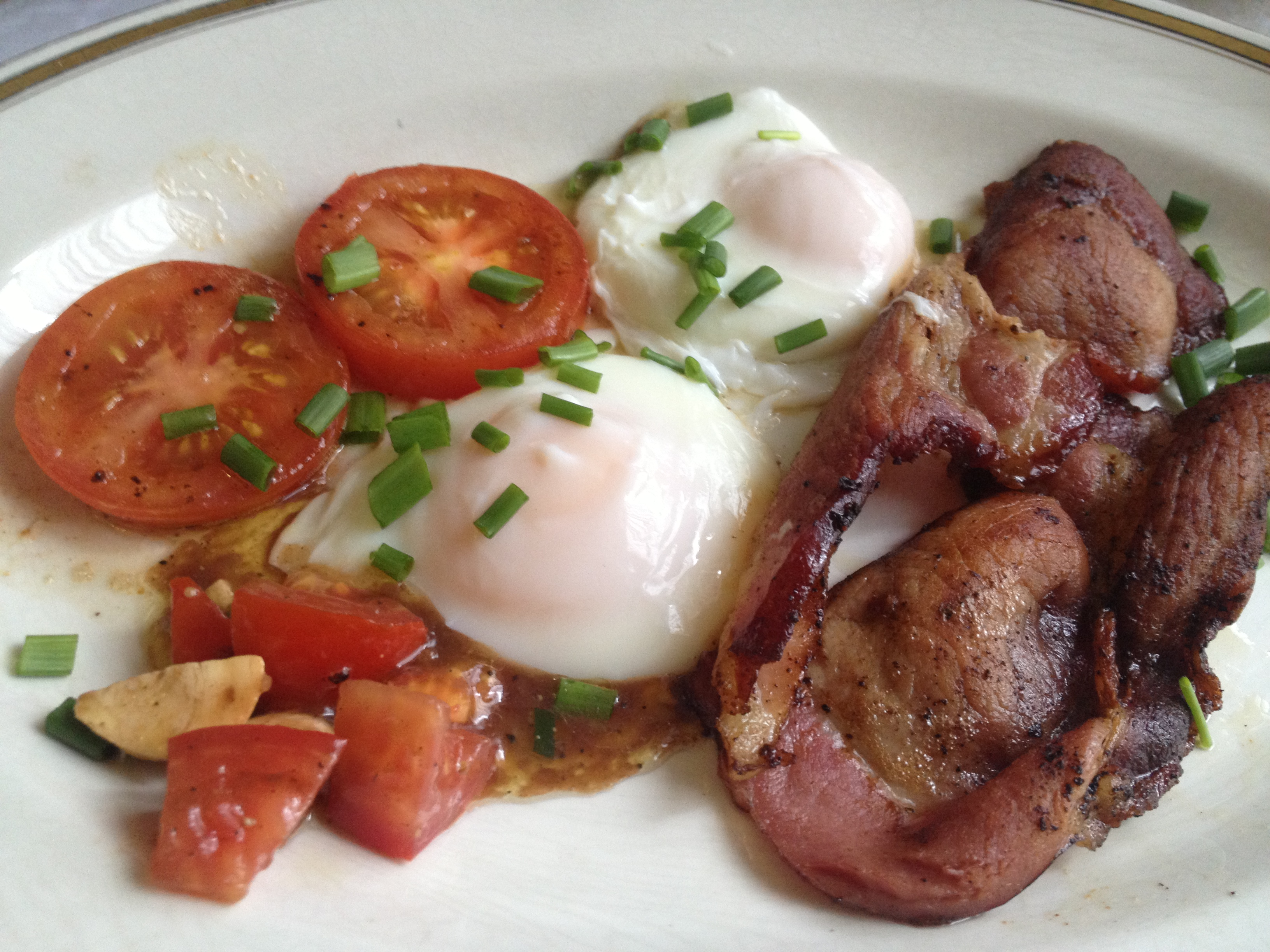 Gently Poached Eggs and Bacon