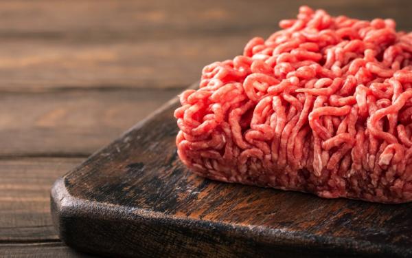 raw meat-min