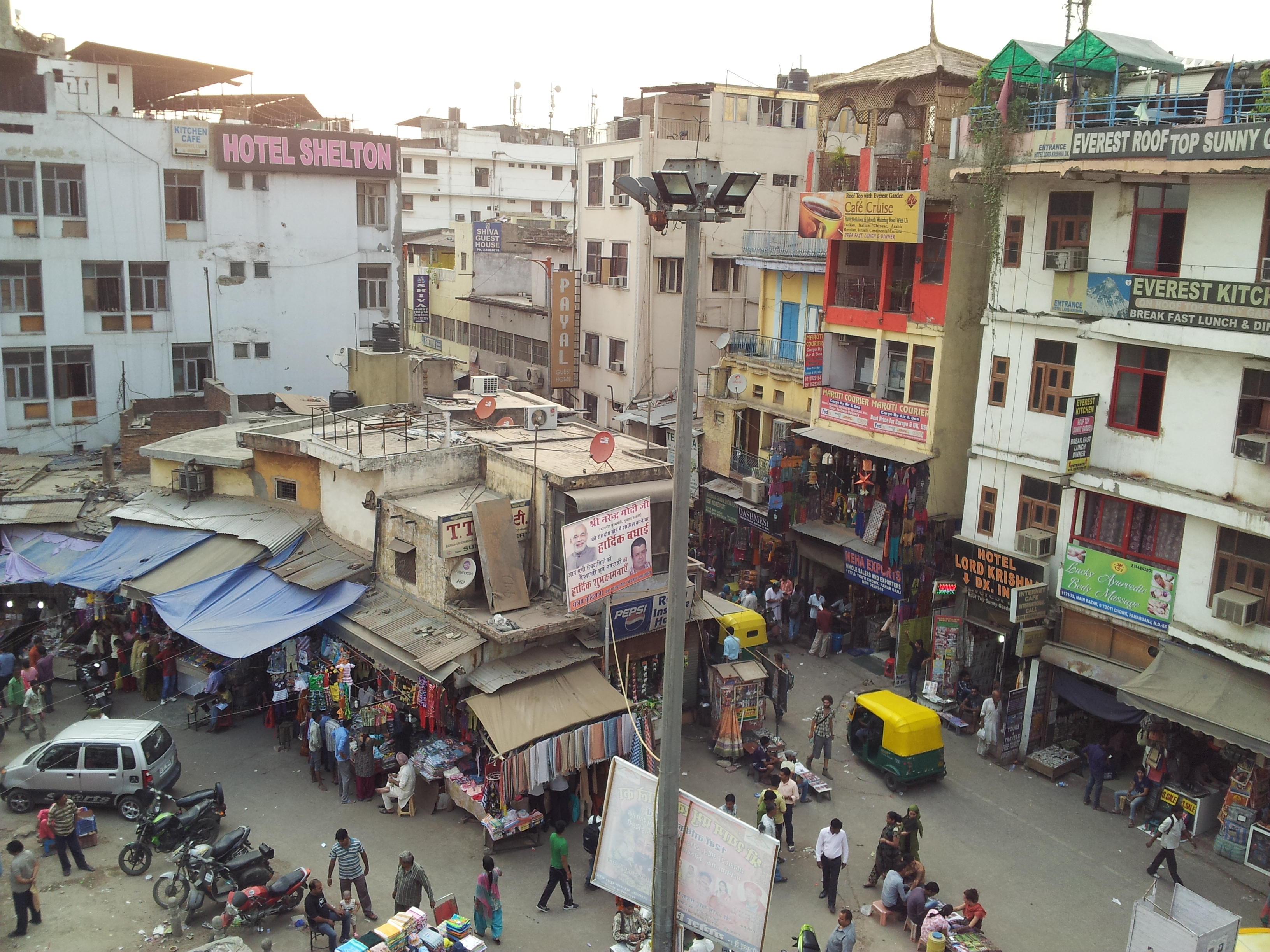 Paharganj, shopping in Delhi