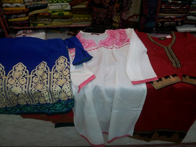 Kurtas, Lajpat Nagar Market, Shopping in Delhi