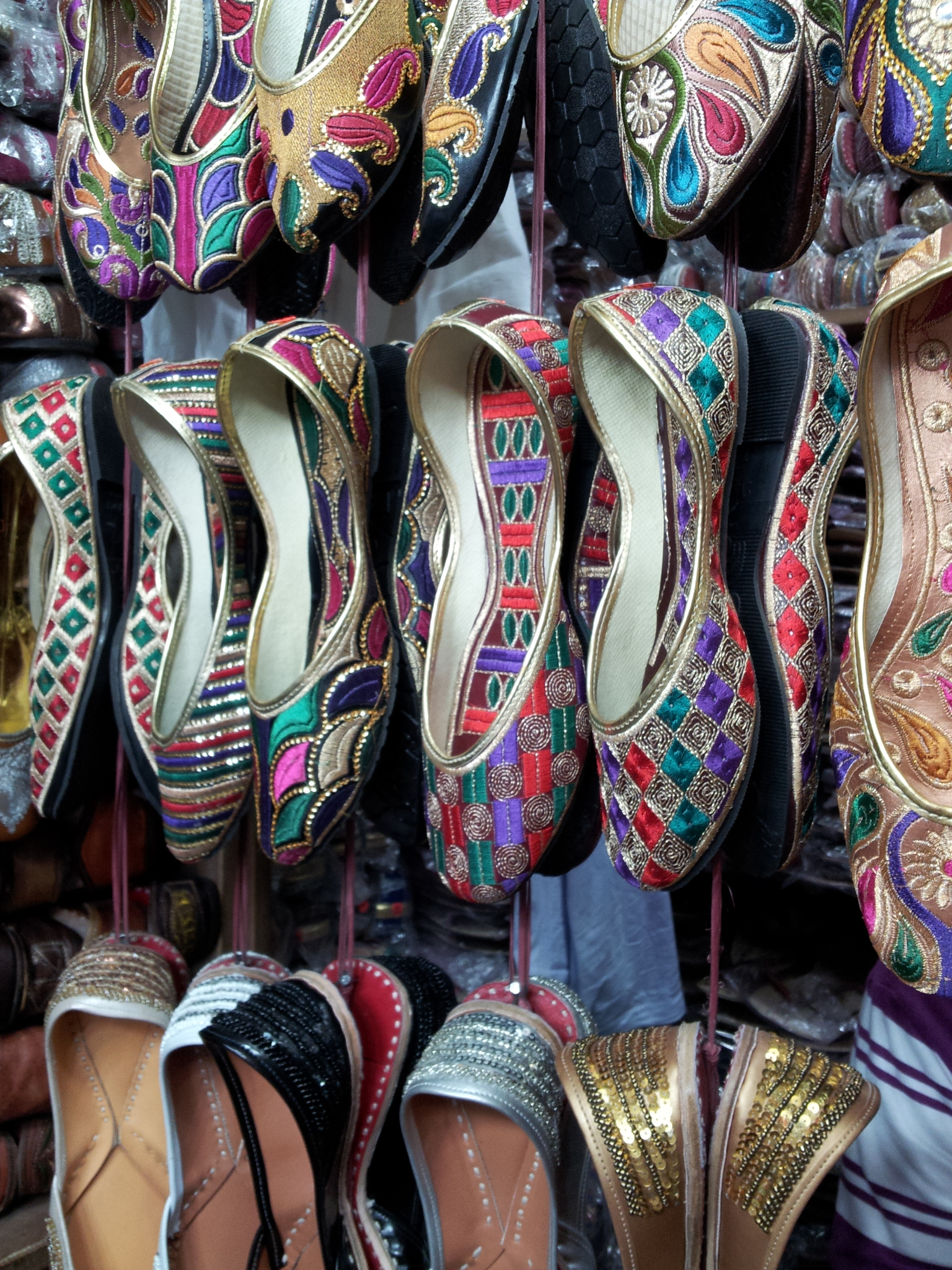 shopping in Delhi, Malviya Nagar Market, Indian shoes