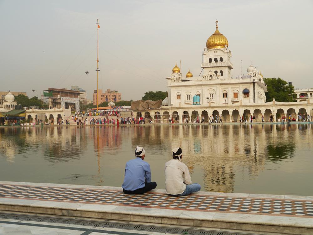 trabajar en Delhi, Gurudwara Sij, Bangla Sahib, Turismo en Delhi, Visita Delhi