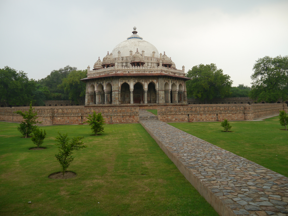 Humayun's Tomb, Exploring Delhi, Tourism in Delhi, Humayun's Tomb visit hours, Humayun's tomb tours