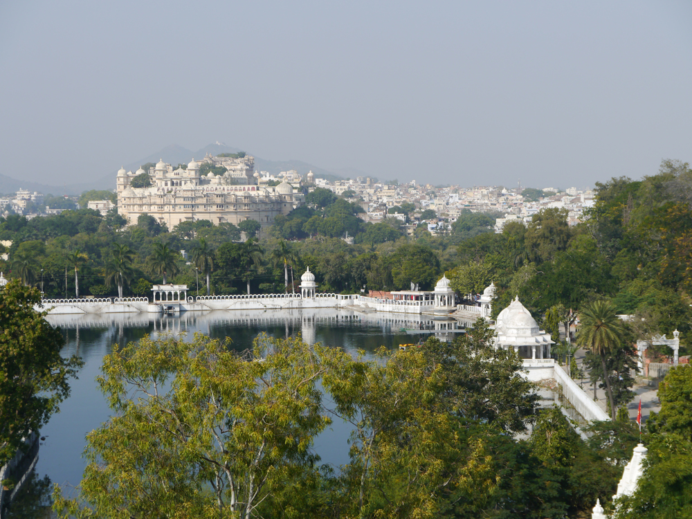 udaipur, udaipur hotels, places to visit in udaipur, city palace udaipur