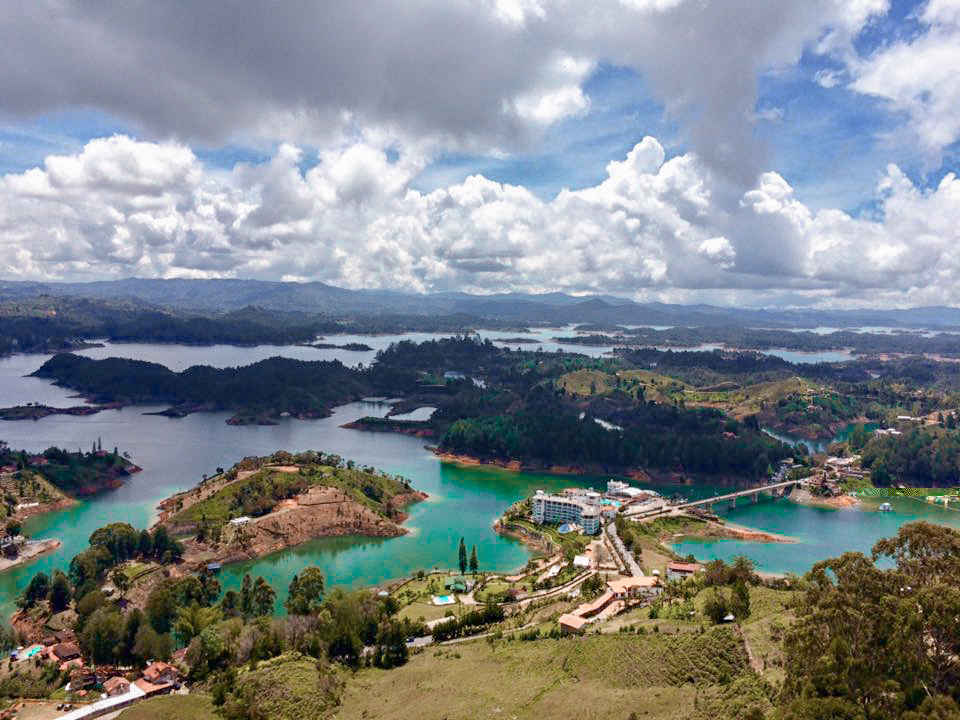 Guatape, weekend in guatape, travel colombia, guatape medellin, tours in Guatape, hotels in guatape