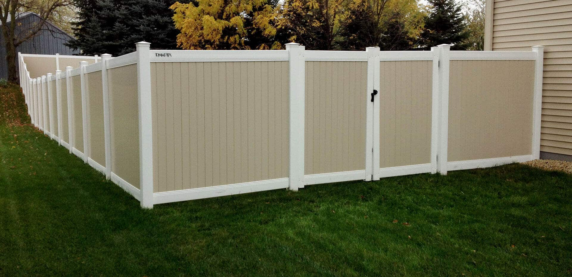 Maintenance-Free-Privacy-Fencing_1